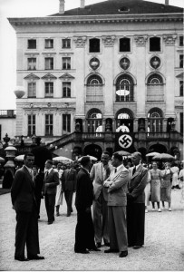 Schloß Nymphenburg war Schauplatz zahlreicher Feste für die Politprominenz der NS-Zeit.  Herkunft: Bayerische Staatsbibliothek München/Fotoarchiv Hoffmann.